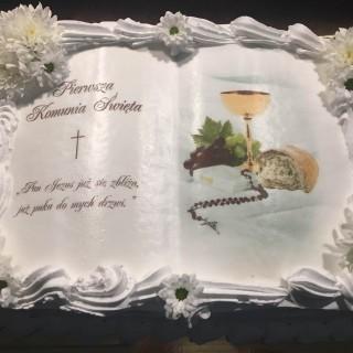 Tort komunijny na komunie świętą Restauracja Filharmonia